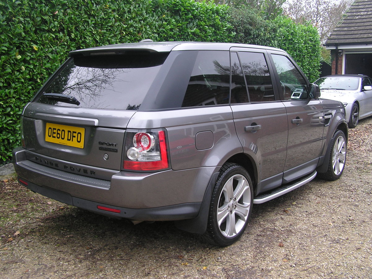 2010 Land Rover Range Rover Sport 3.0 TD V6 HSE For Sale (picture 2 of 6)