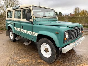 rare early 1983 land rover 110V8 CSW