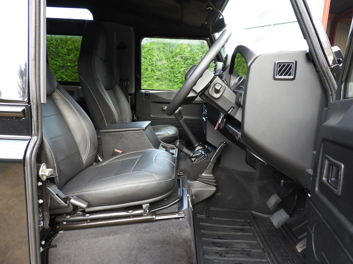 2015 LAND ROVER DEFENDER 90 2.2TDCI XS STATION WAGON !!! For Sale (picture 5 of 6)