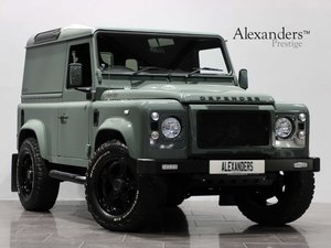 15 15 LAND ROVER DEFENDER 90 HARD TOP MANUAL