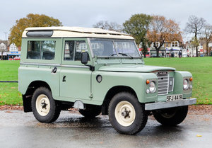 Picture of 1977 Land Rover Series III 4x4 Station Wagon For Sale by Auction