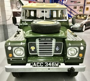 Picture of 1981 Land-Rover Series 3 88 - Fully Restored - Exceptional Car For Sale