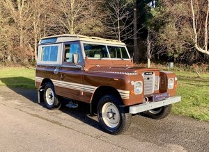 Picture of 1982 Land Rover 88 Series 3 County, Factory Press Car - RESTORED