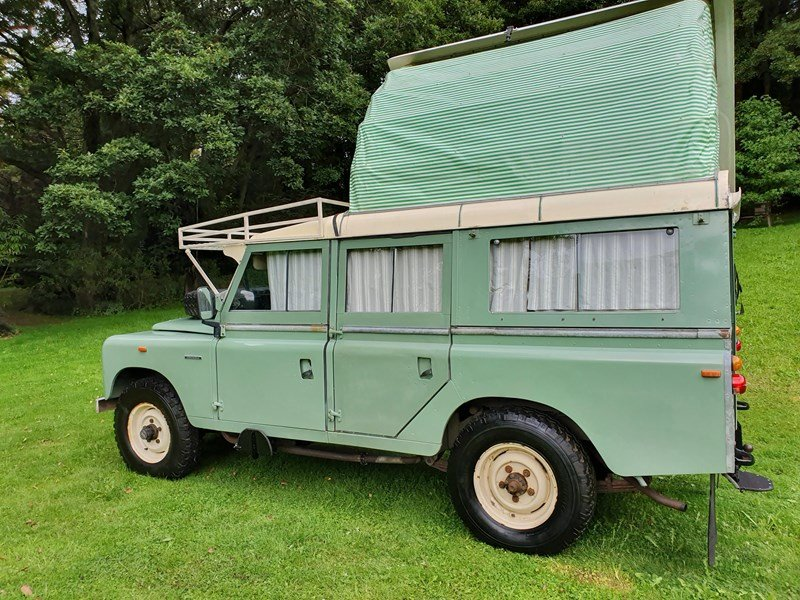 """Picture of 1967 Land Rover Dormobile Series 2A 109"""" Station Wagon For Sale"""