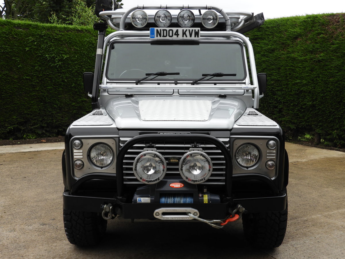 2004 LAND ROVER DEFENDER 110 2.5 TD5 XS DBL CAB EXPEDITION For Sale (picture 5 of 12)