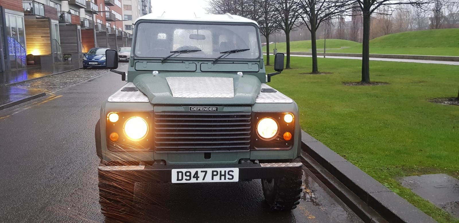 1986 Fully refurbished110 landrover For Sale (picture 3 of 12)