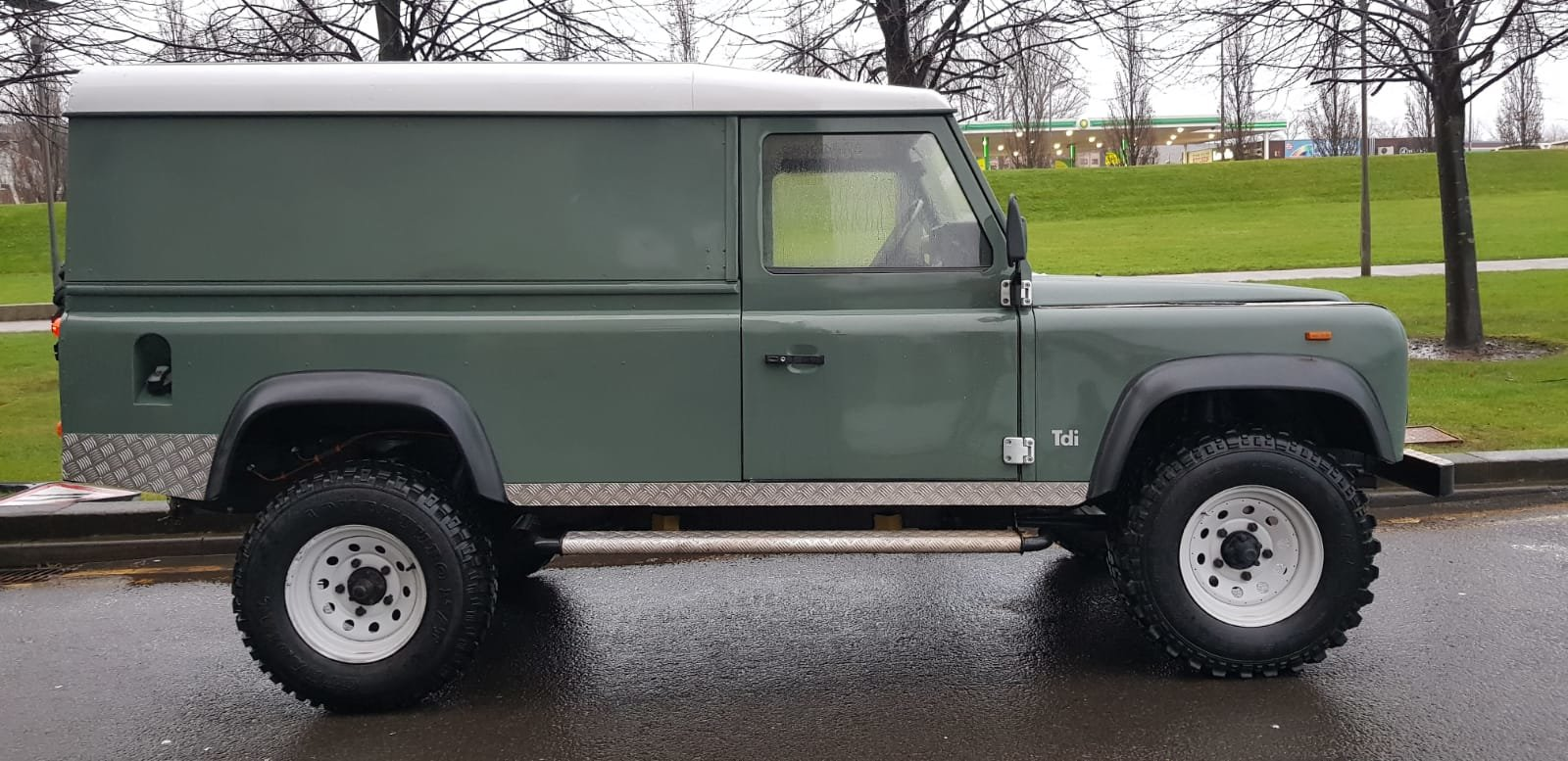 1986 Fully refurbished110 landrover For Sale (picture 8 of 12)