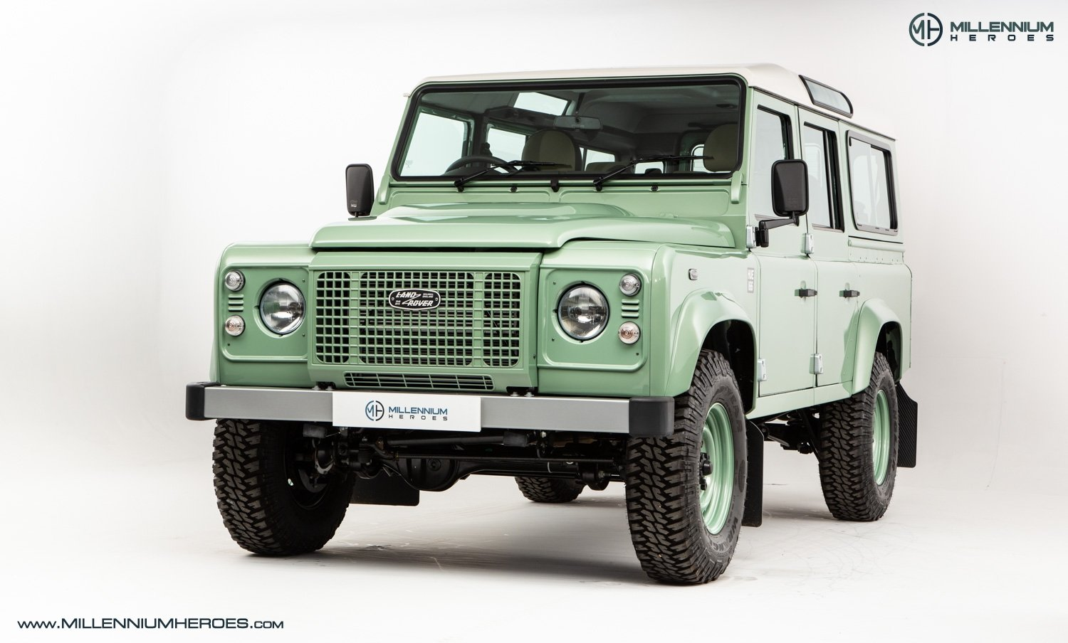 1984 LAND ROVER DEFENDER 90 For Sale (picture 2 of 5)