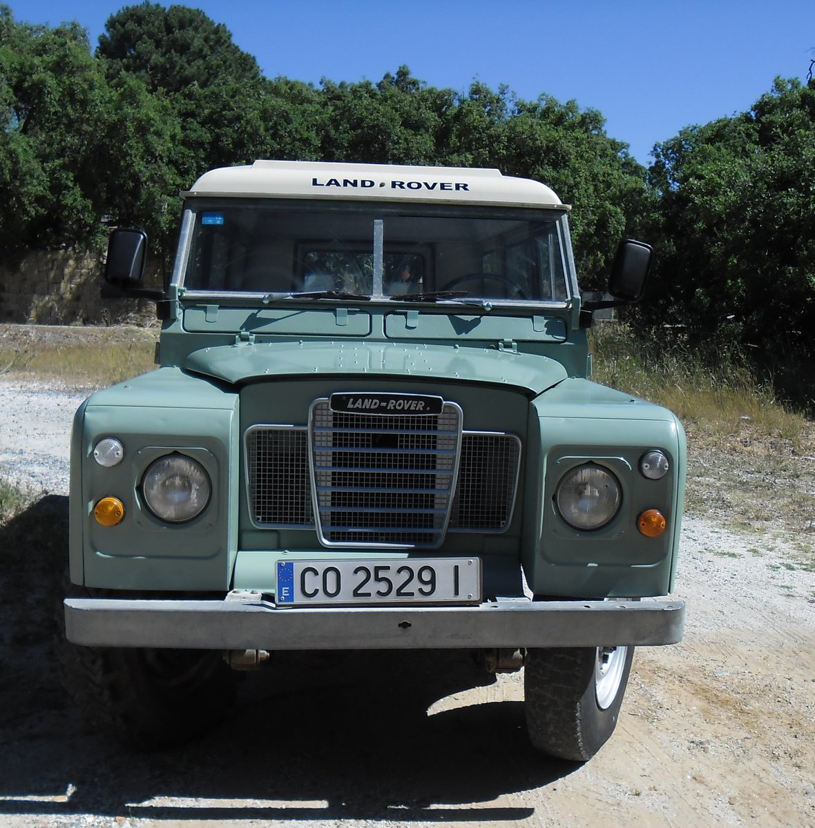 1979 Classic Land Rover 109  4x4 convertible For Sale (picture 9 of 12)