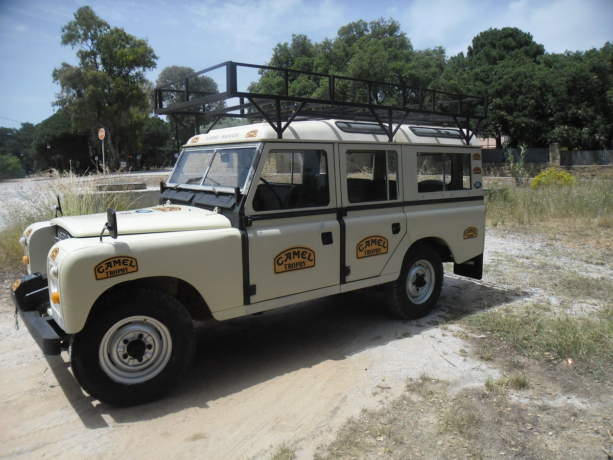 1981 Classic Land Rover  109  Series III   4 Doors For Sale (picture 1 of 12)