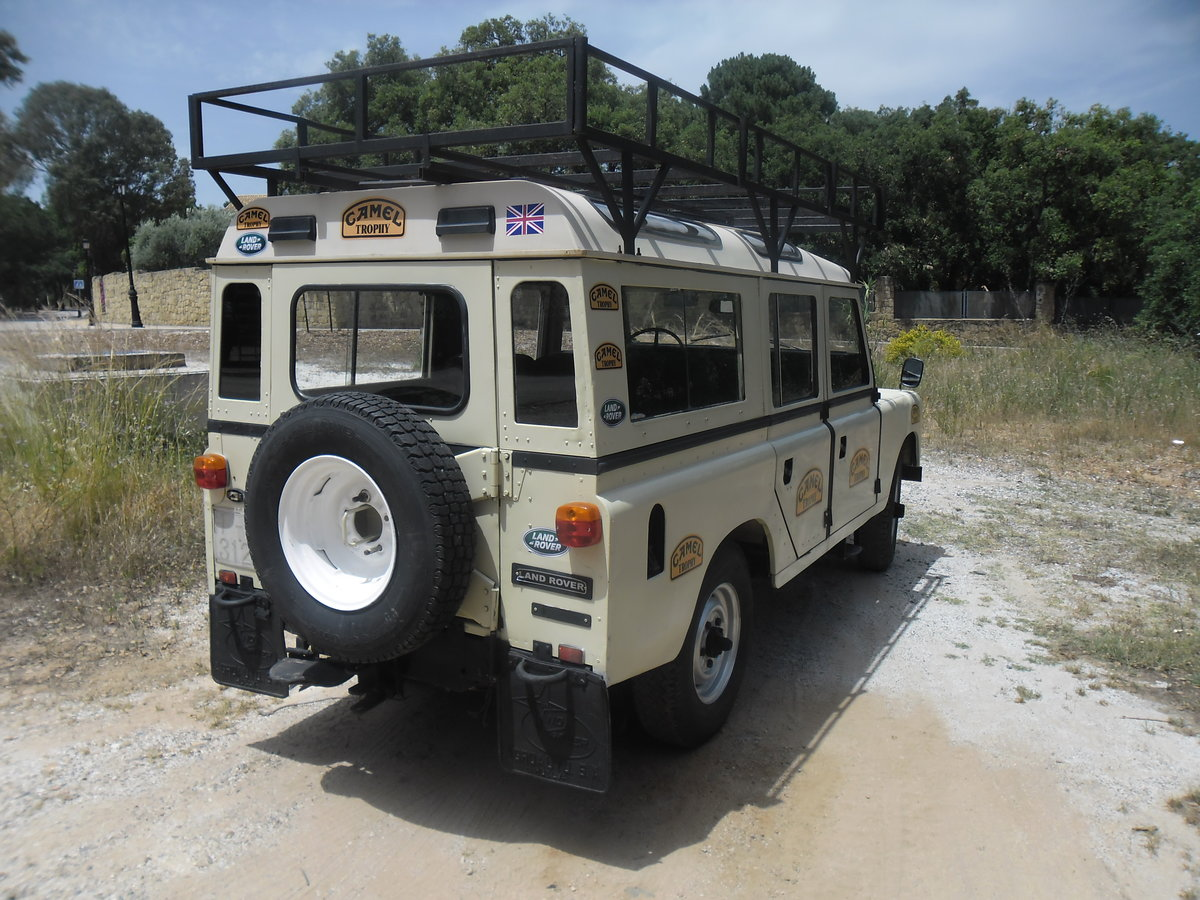 1981 Classic Land Rover  109  Series III   4 Doors For Sale (picture 3 of 12)