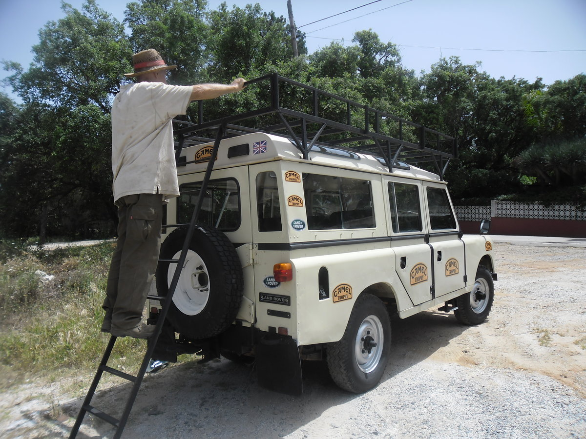 1981 Classic Land Rover  109  Series III   4 Doors For Sale (picture 4 of 12)