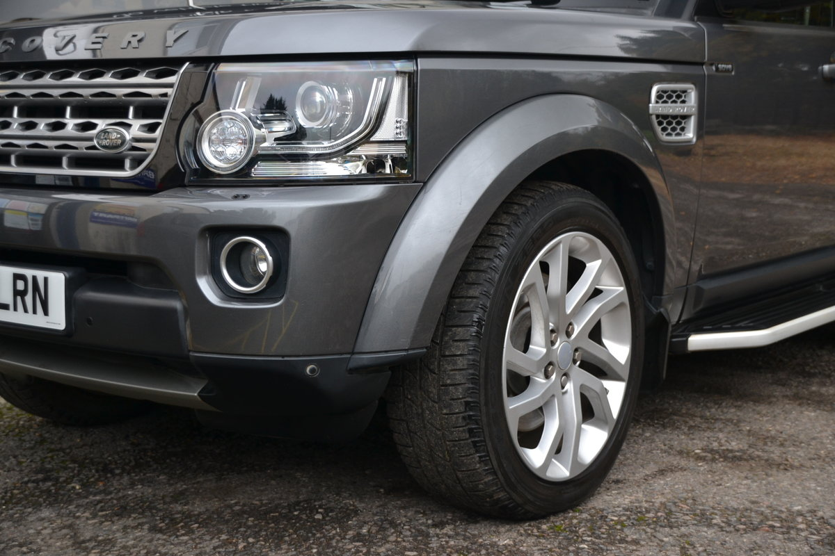 2015 Land Rover Discovery 4 3.0 SDV6 HSE For Sale (picture 6 of 12)