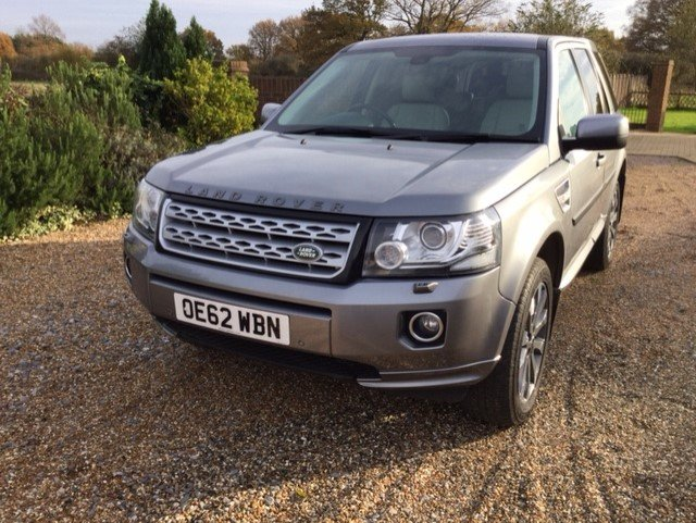 2013 Just 2 Owners Full Land Rover Service History For Sale (picture 1 of 12)