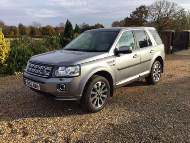 2013 Just 2 Owners Full Land Rover Service History For Sale (picture 10 of 12)
