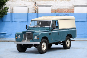 Picture of 1980 Land Rover Defender 109 SOLD