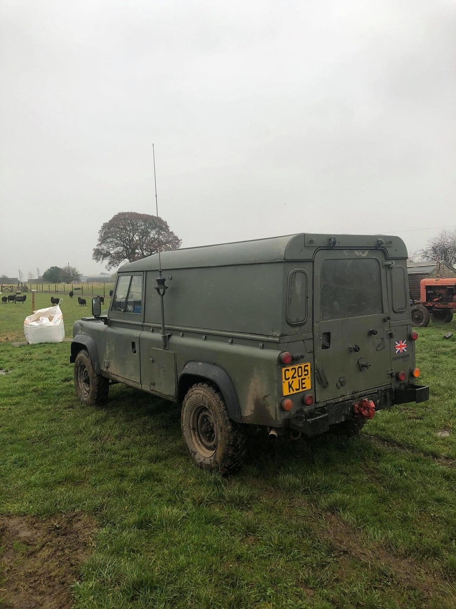 1986 Land Rover 110 FFR Ex-Military 2.5NA For Sale (picture 5 of 9)