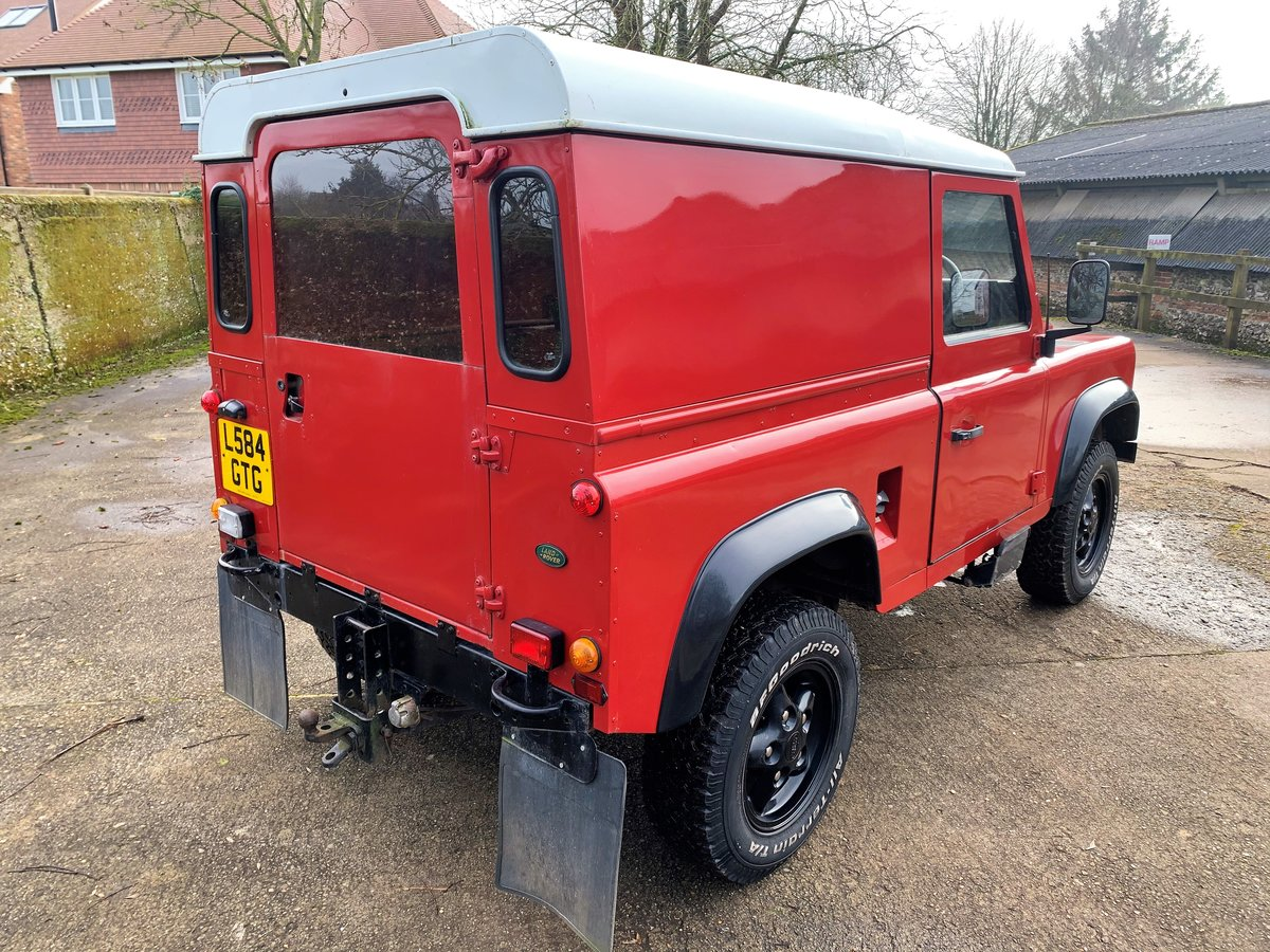 REALLY NICE 1993/L DEFENDER 90 200TDi HARDTOP 3 OWNERS SOLD (picture 5 of 12)