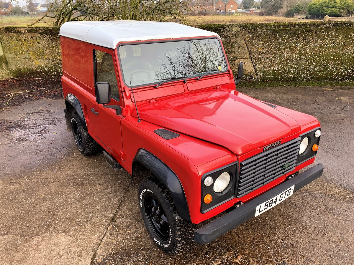 REALLY NICE 1993/L DEFENDER 90 200TDi HARDTOP 3 OWNERS SOLD (picture 8 of 12)