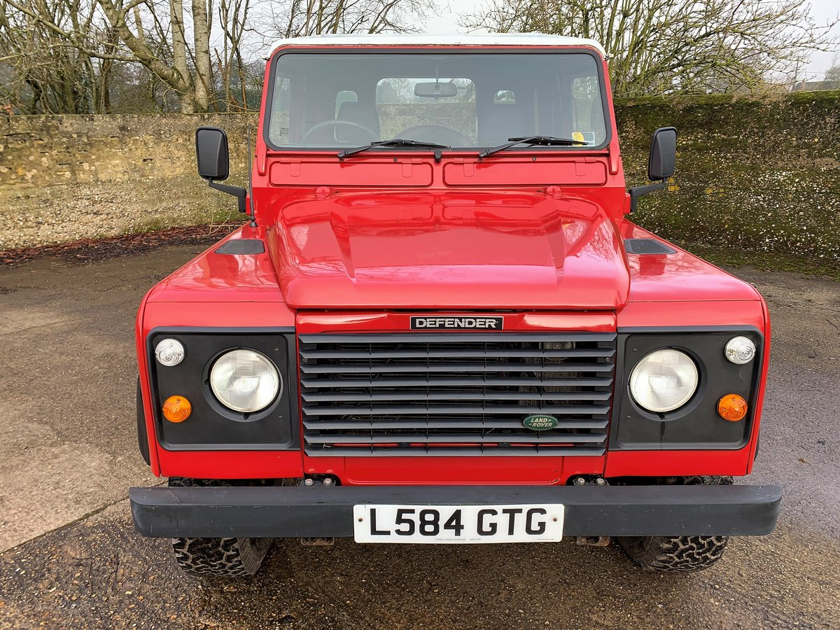 REALLY NICE 1993/L DEFENDER 90 200TDi HARDTOP 3 OWNERS SOLD (picture 9 of 12)