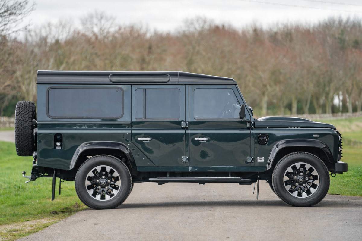 2019 Land Rover Defender 110 V8 Works 70th Anniversary - Aintree For Sale (picture 3 of 12)