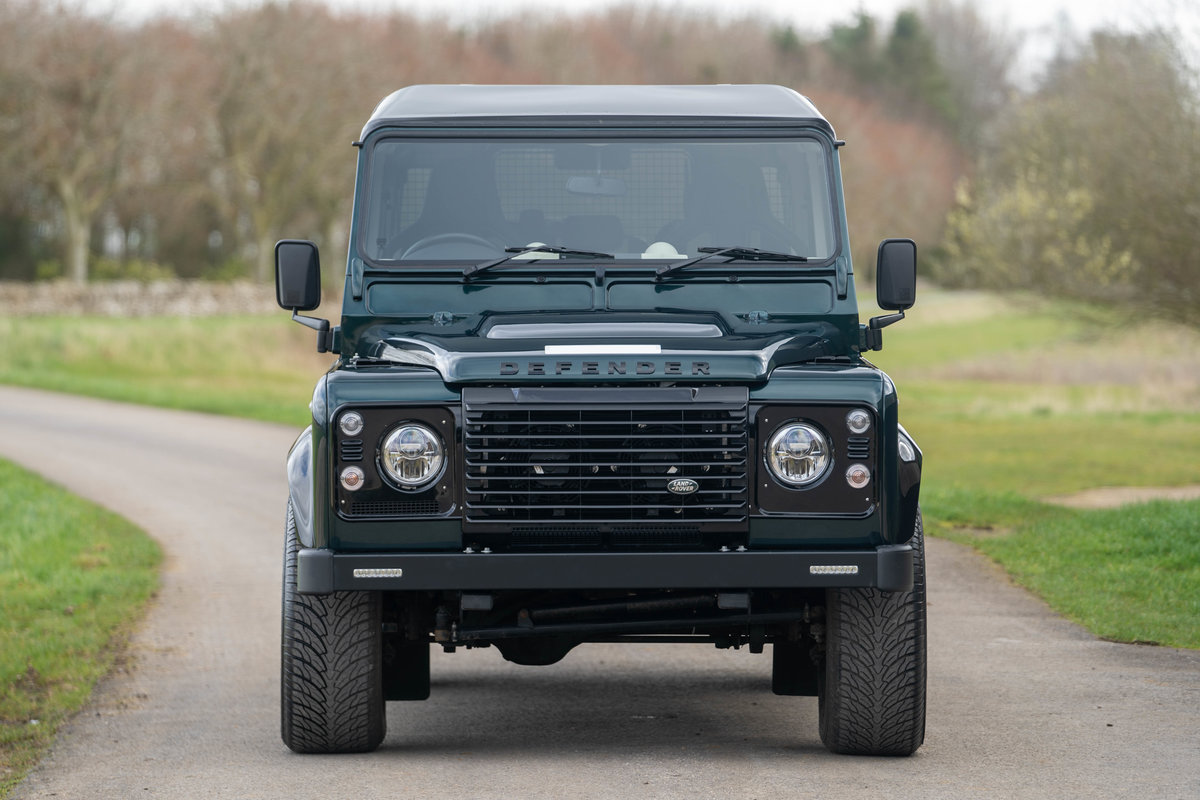 2019 Land Rover Defender 110 V8 Works 70th Anniversary - Aintree For Sale (picture 4 of 12)