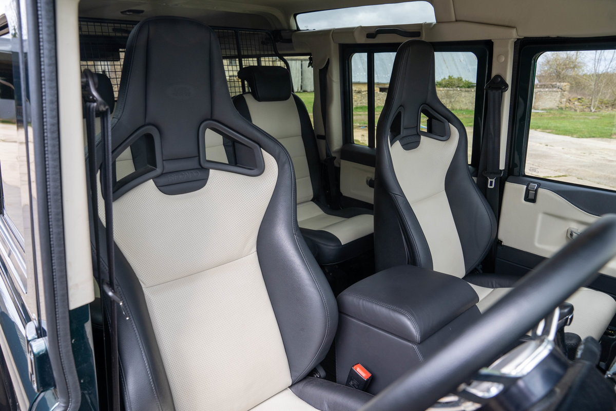 2019 Land Rover Defender 110 V8 Works 70th Anniversary - Aintree For Sale (picture 9 of 12)