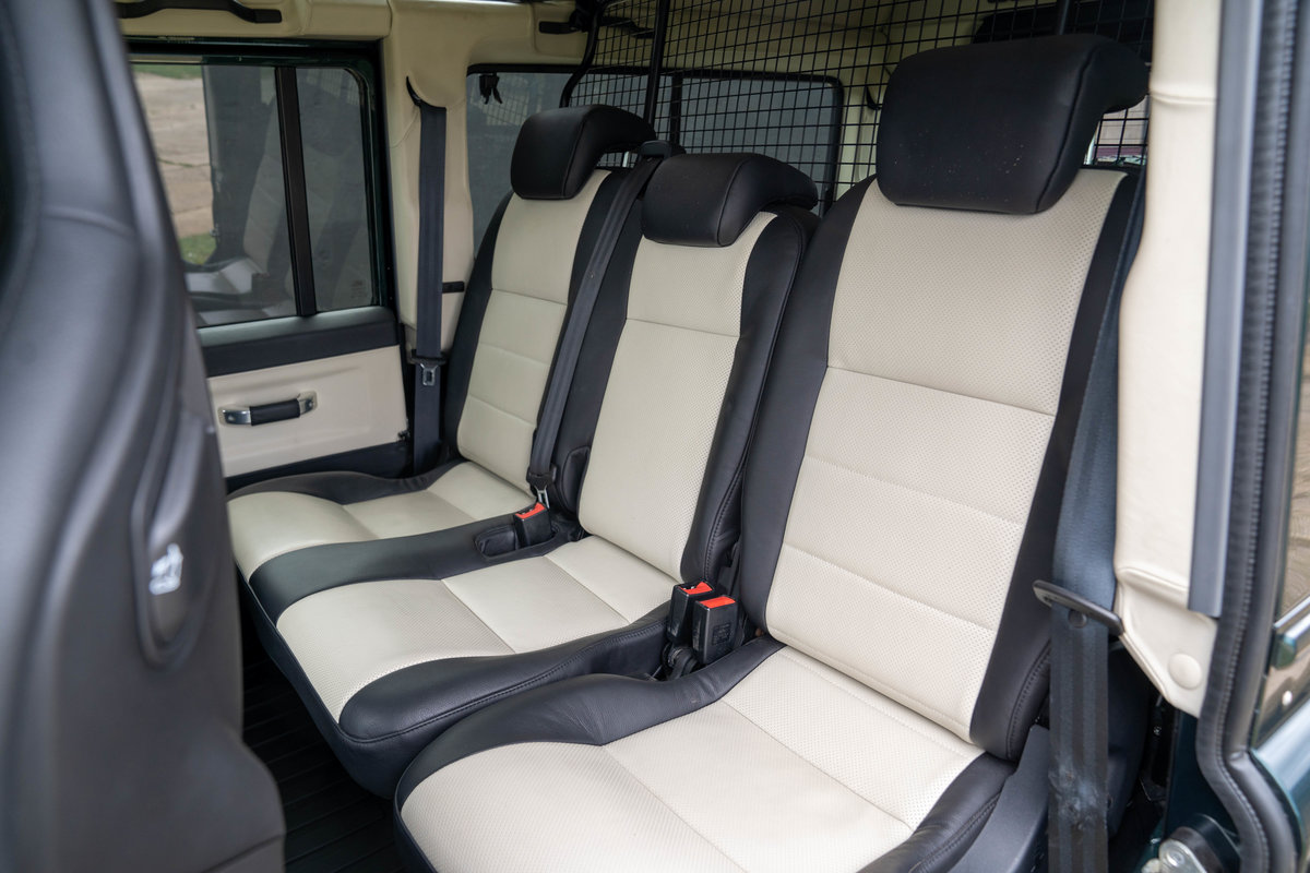 2019 Land Rover Defender 110 V8 Works 70th Anniversary - Aintree For Sale (picture 11 of 12)