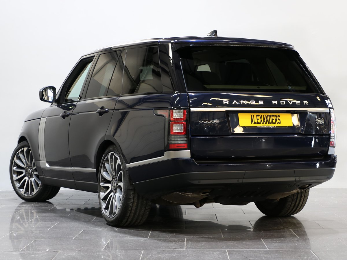 2017 17 17 RANGE ROVER VOGUE 3.0 TD V6 AUTO For Sale (picture 4 of 12)