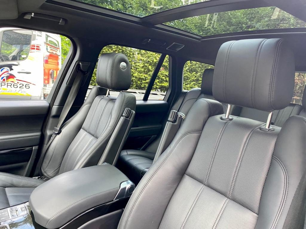 £29,950 : 2014 RANGE ROVER VOGUE SD 4.4 V8 For Sale (picture 9 of 12)