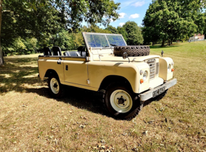 Picture of 1973 Land Rover Series 3 for self-drive hire For Hire