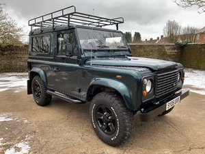 Picture of super looking high spec 2005 Defender 90 TD5 6 seater SOLD