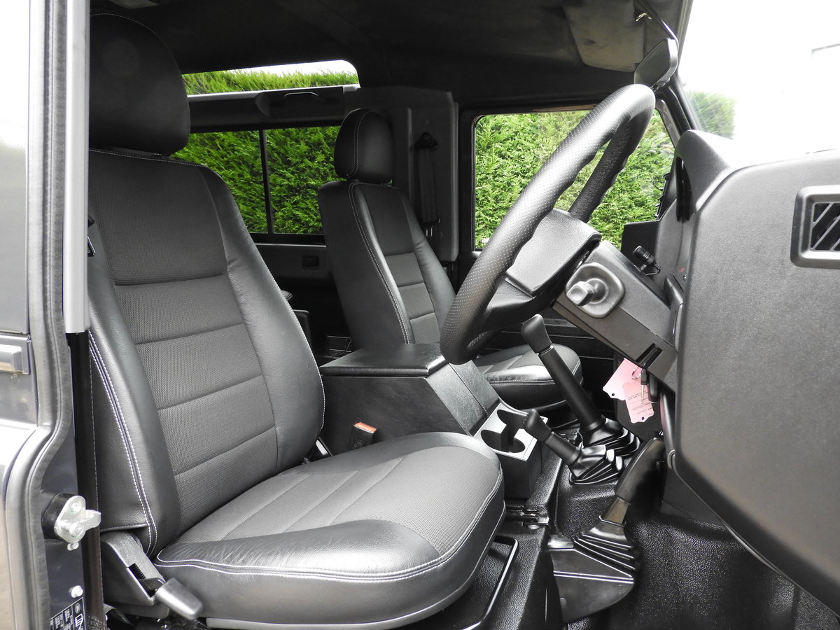 2015 LAND ROVER DEFENDER 90 2.2TDCI XS STATION WAGON !!! For Sale (picture 9 of 12)