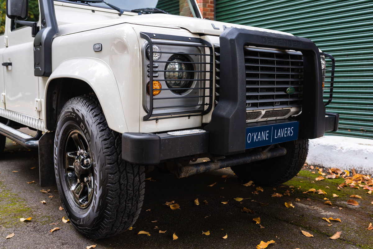 2009 Land Rover Defender 110 - LHD - 1 Owner - UK Registered For Sale (picture 6 of 12)