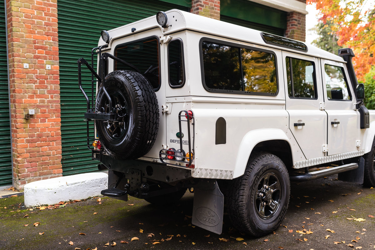 2009 Land Rover Defender 110 - LHD - 1 Owner - UK Registered For Sale (picture 7 of 12)