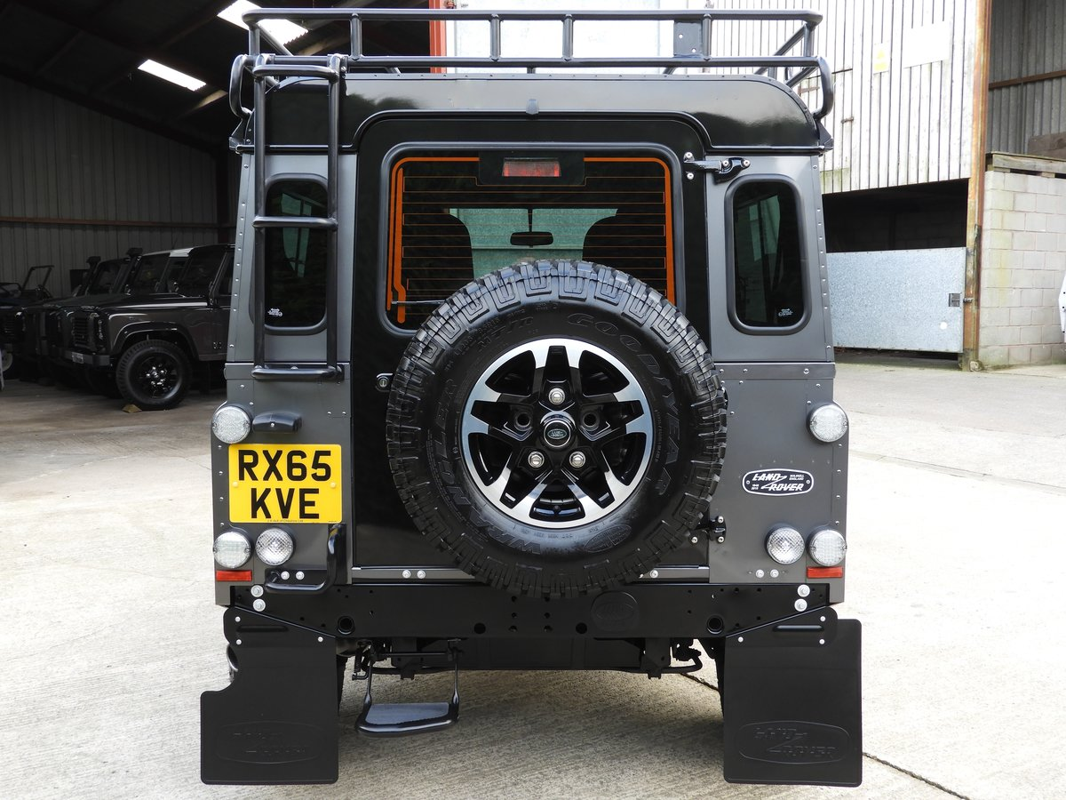 2015 LAND ROVER DEFENDER 90 2.2TDCI ADVENTURE STATION WAGON For Sale (picture 4 of 12)