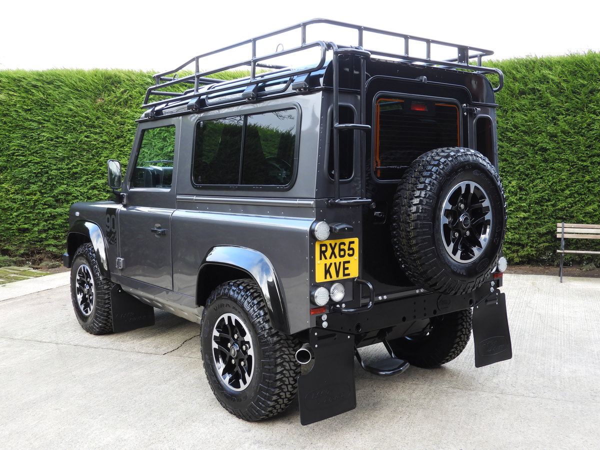 2015 LAND ROVER DEFENDER 90 2.2TDCI ADVENTURE STATION WAGON For Sale (picture 5 of 12)