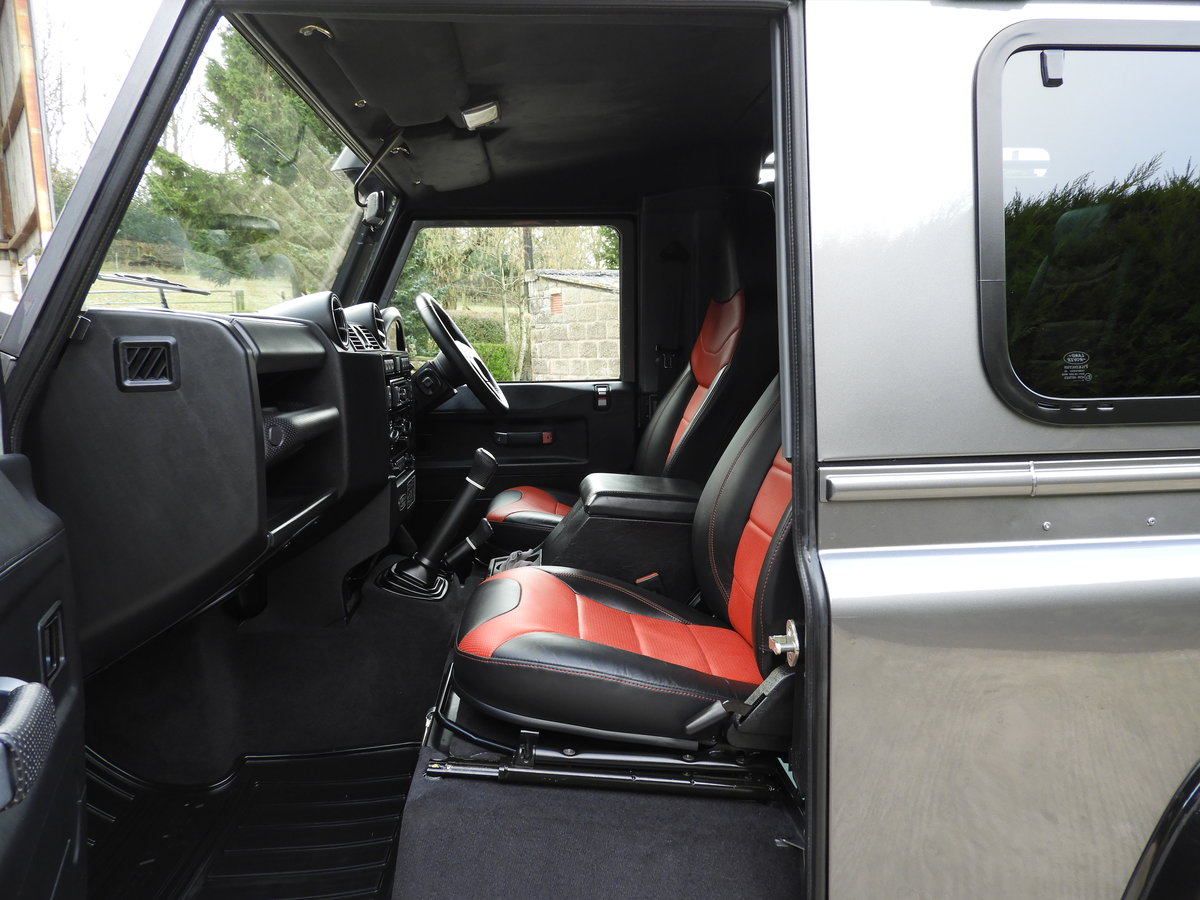 2015 LAND ROVER DEFENDER 90 2.2TDCI ADVENTURE STATION WAGON For Sale (picture 9 of 12)
