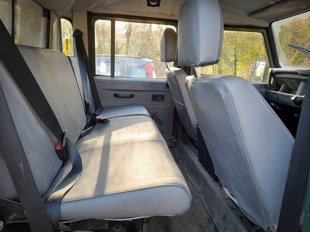 2001 DEFENDER 110 TD5 Twin Cab on GALVANISED CHASSIS For Sale (picture 5 of 5)