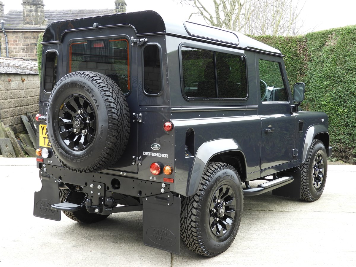 2015 LAND ROVER DEFENDER 90 2.2TDCI XS STATION WAGON !!! For Sale (picture 5 of 12)