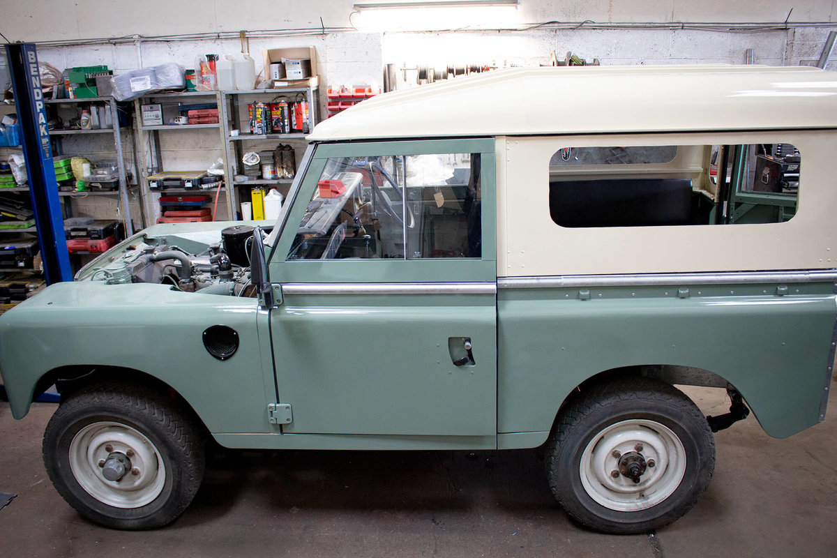 1974 Land Rover Series 3 2.25 petrol 6 Seater Restored! For Sale (picture 9 of 12)