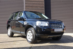 Picture of 2010 Land Rover Freelander II 3.2 i6 4WD Auto (36,498 miles) For Sale
