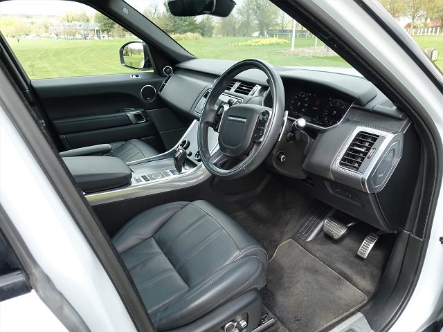 2018/18 Range Rover Spt HSE Dynamic Blk Exterior Pack SDV6 For Sale (picture 9 of 12)