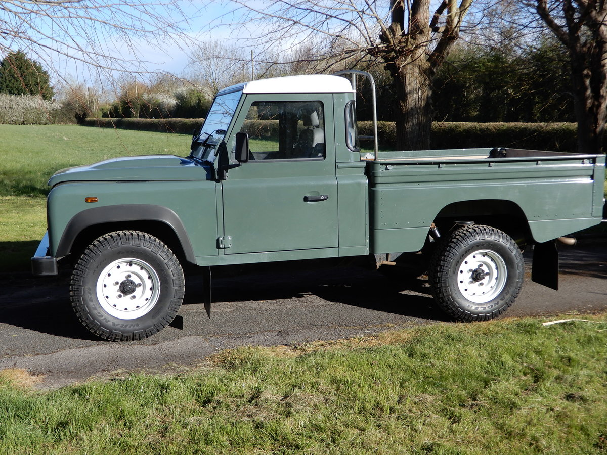 2007 Land Rover Defender 110 Hi-Capacity For Sale (picture 1 of 8)