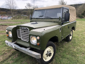 Picture of 1972 Land rover Series 3 2.25 petrol soft top 7 seater For Sale