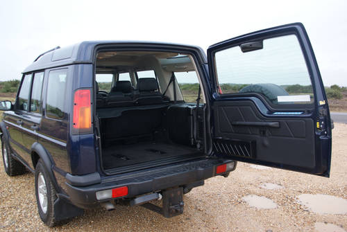 2002 Land Rover Discovery For Hire (picture 5 of 6)