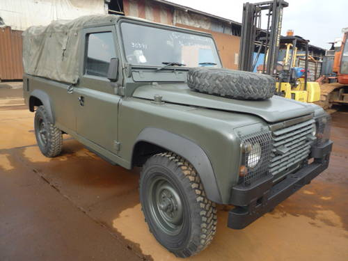 1985 LAND ROVER DEFENDER 110 SINGAPORE VINTAGE  For Sale (picture 4 of 6)