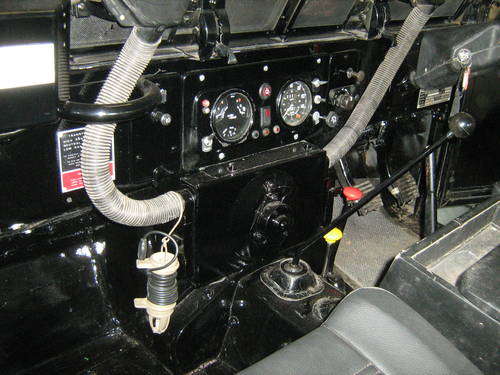 1981 LANDROVER SERIES 3 LW LOWEST MILEAGE MOD CEREMONIAL PETROL   SOLD (picture 6 of 6)