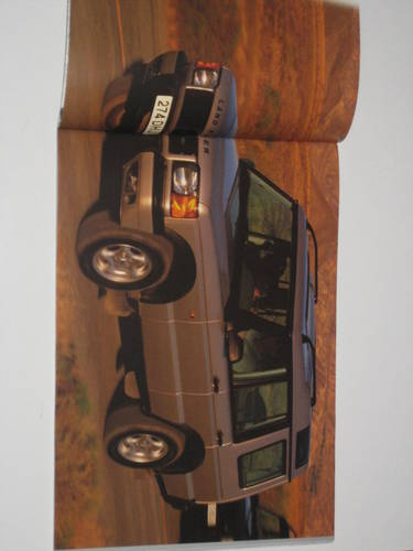 1998 Landrover Discovery Brochure For Sale (picture 2 of 4)