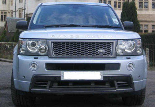 Range Rover Sport HST Supercharged For Hire (picture 1 of 4)